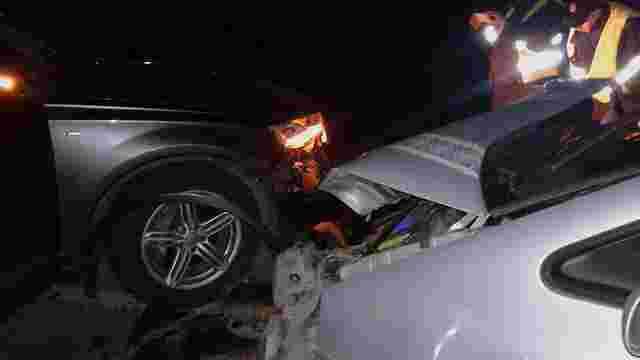 Біля Львова зіткнулися дві автівки: постраждала пасажирка