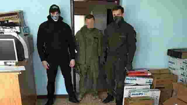 На Закарпатті СБУ затримала прикордонників із «чорною» касою данини за контрабанду