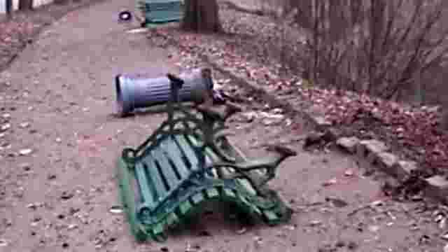 Вандали влаштували погром в уманському дендропарку «Софіївка»