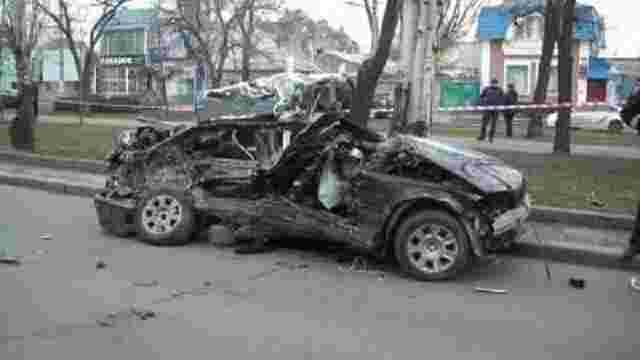 У Миколаєві BMW протаранив припарковану «Газель»: четверо загиблих