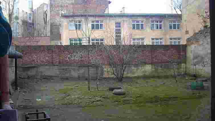 У центрі Львова впорядкують ще чотири внутрішні дворики