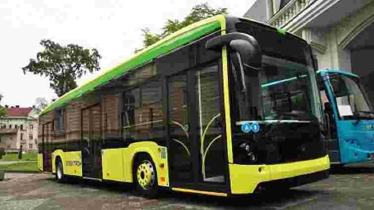 Цьогоріч на маршрути Львова виїдуть 60 надсучасних автобусів та 7 нових трамваїв