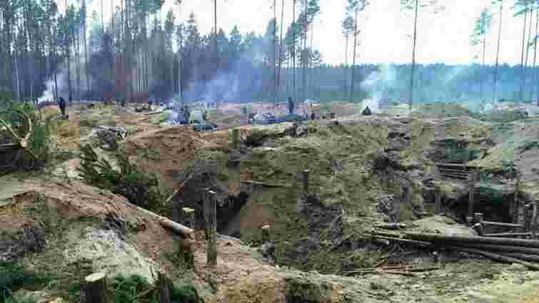 Рівненська поліція заявила про зупинку в області масового незаконного видобутку бурштину
