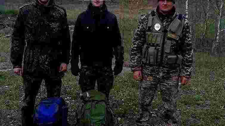 Прикордонники затримали п'ятьох сталкерів, які намагалися потрапити в Чорнобильську зону