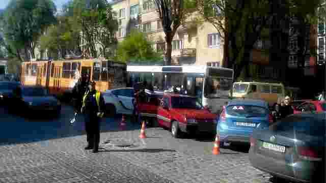 У ДТП у Львові постраждали двоє дітей