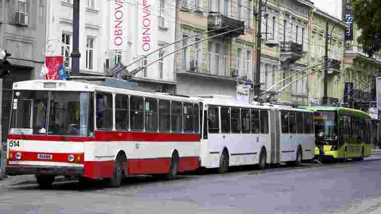 Вулицями Львова проїхав святковий «Парад тролейбусів»