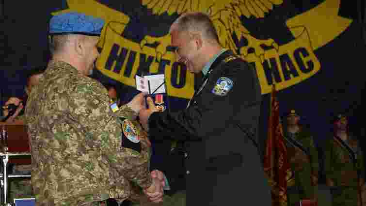 У Львові нагородили 100 десантників з 80-ї бригади