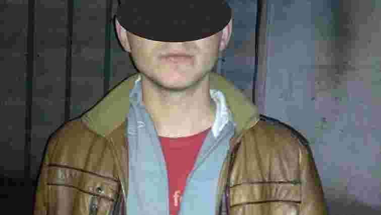 Львівські патрульні затримали чоловіків, які пограбували іноземця