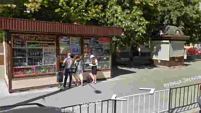 Львівська міськрада планує демонтувати кіоски, що стоять поблизу велодоріжки