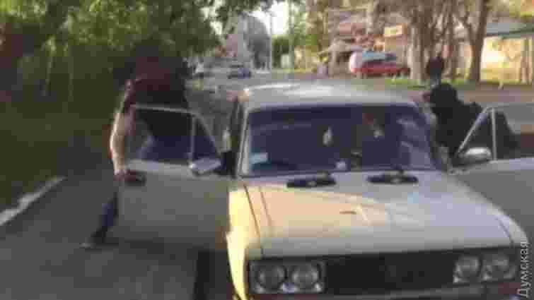 ЗМІ оприлюднили відео затримання кілерів в Одесі
