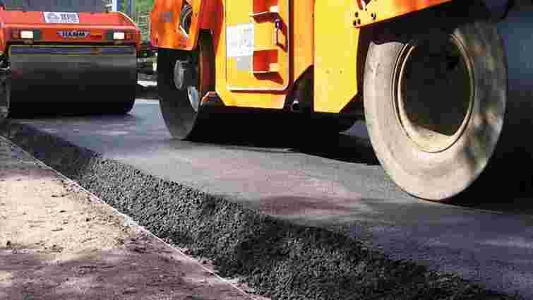 На ремонт доріг в Україні потрібно 100 років, за які вони ще тричі розваляться - міністр