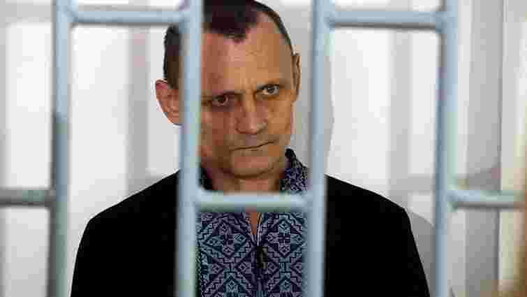 Українські політв'язні Клих і Карпюк виступили в чеченському суді з останнім словом