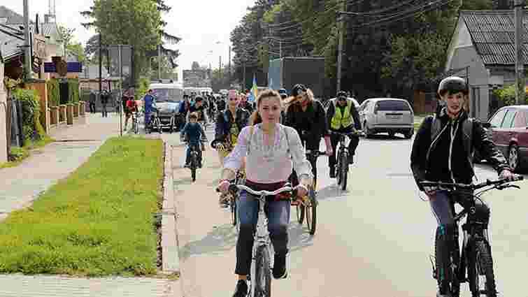 Мер Винник взяв участь у міському велопробігу