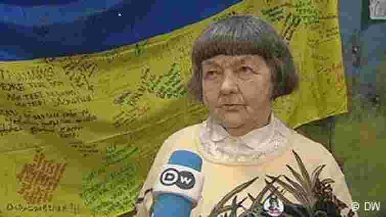 Мати Надії Савченко закликала росіянок не посилати своїх синів на Донбас