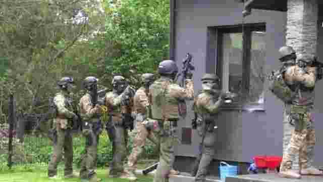 Польські правоохоронці запобігли теракту на території поліцейського комісаріату у Варшаві