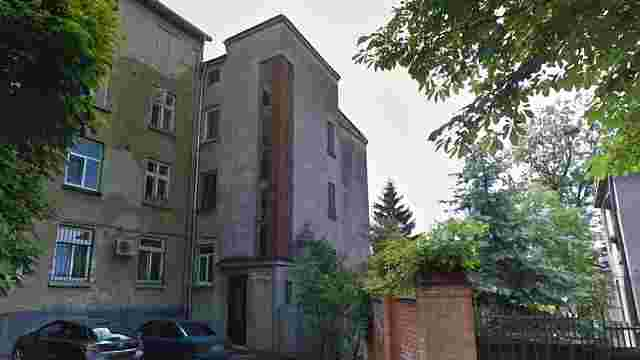 У Львові з фасаду будинку викрали статую Матері Божої з Ісусом
