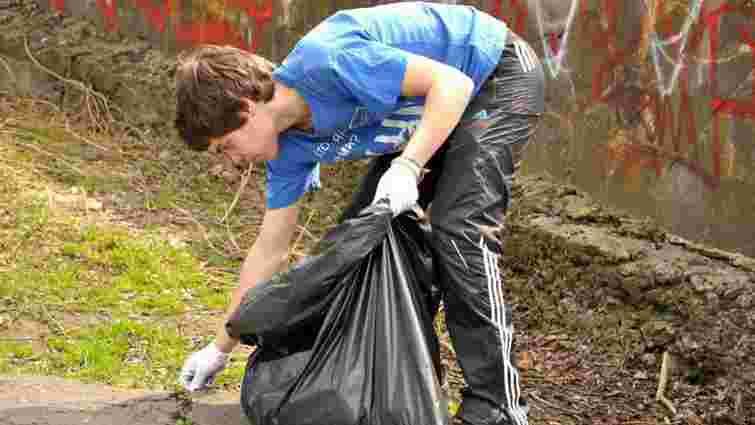Лише 2% громадян активно беруть участь в екологічних ініціативах і рухах
