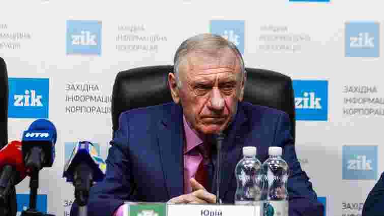 На посаду головного наставника «Карпат» претендують троє тренерів