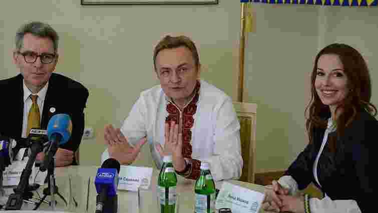 У Львові послові США в Україні Джеффрі Пайєту презентували міське е-врядування