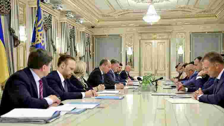 Порошенко закликав нардепів проголосувати за зміни до Конституції в частині судової реформи