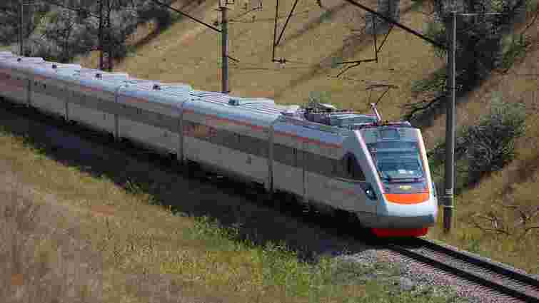 «Укрзалізниця» закупить два нові швидкісні поїзди за ₴330 млн