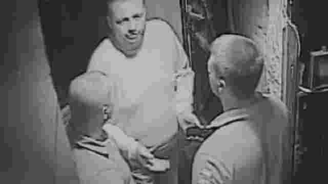 Поліція розшукує хулігана, який поранив ножем юнака в центрі Львова