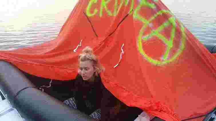 Прикордонники перешкодили активістці на плоту переплисти через Дунай у Румунію