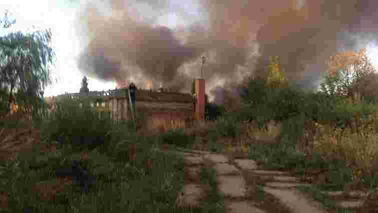 У Пасіках-Зубрицьких під Львовом горить старий мотель
