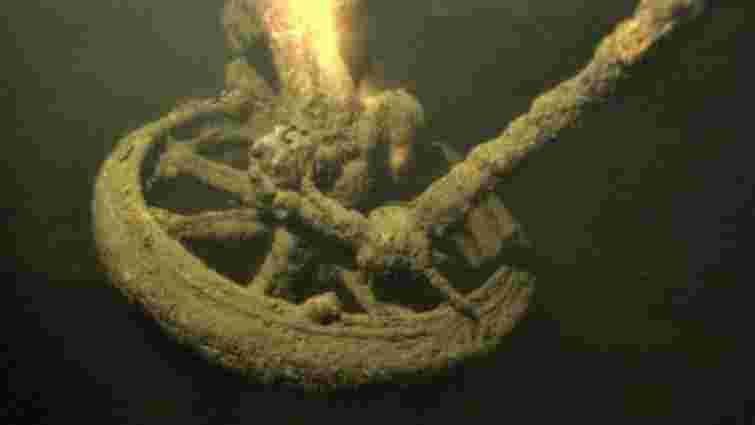 На Запоріжжі знайшли ешелон затоплений Махном у 1920 році