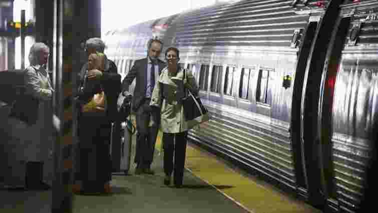 США інвестують майже $2,5 млрд на розвиток своєї швидкісної залізниці