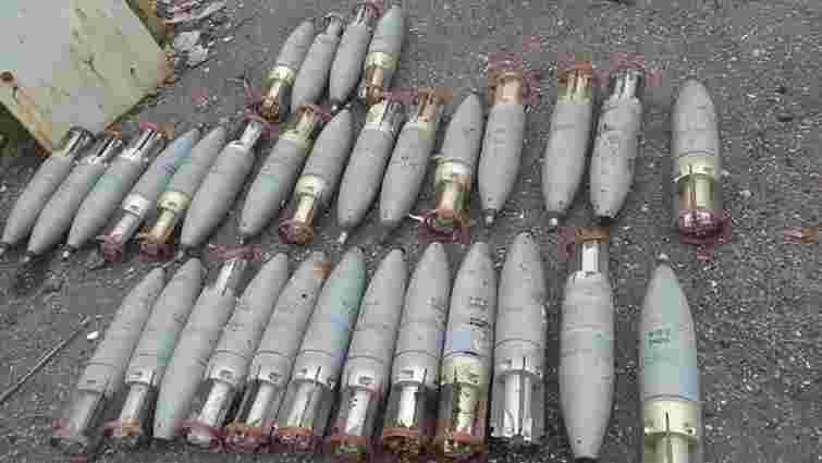 СБУ виявила три схованки боєприпасів у зоні АТО на Донбасі