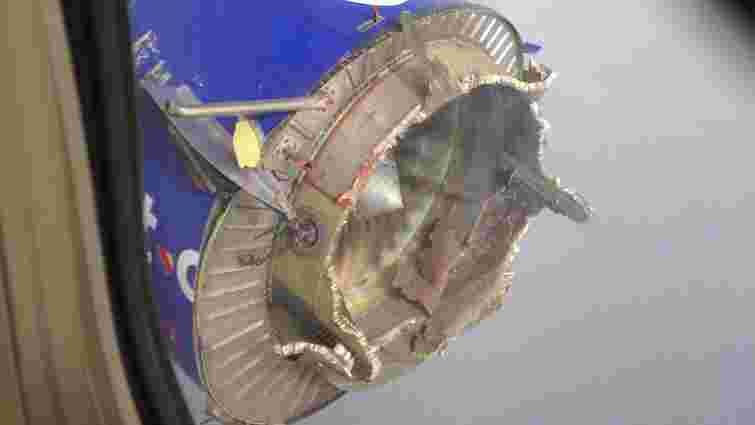 У США пілоти успішно приземлили Boeing в якого у повітрі розвалився двигун