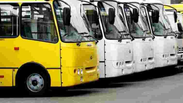У Львові на міські маршрути не виїхали 45 автобусів