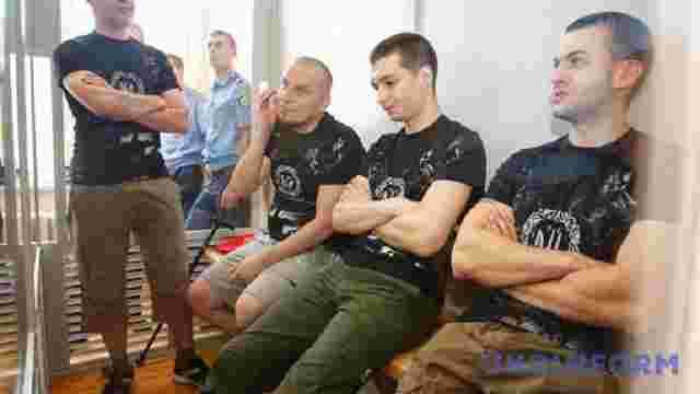 Чотирьом бійцям «Правого сектору» продовжили арешт до листопада