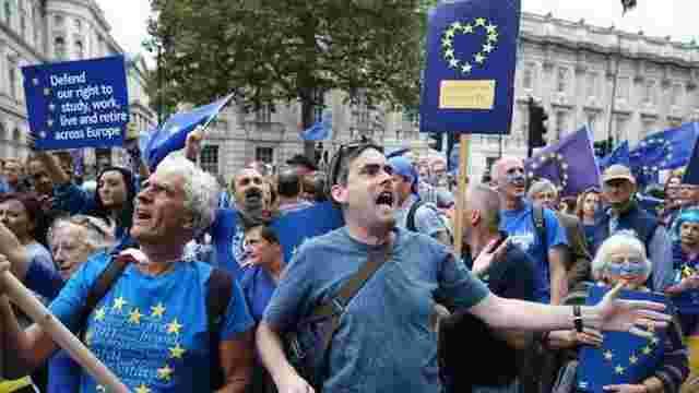 У Великобританії відбулися багатотисячні демонстрації проти виходу з ЄС