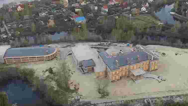 Депутат показав, як виглядає новий маєток сім'ї Льовочкіна