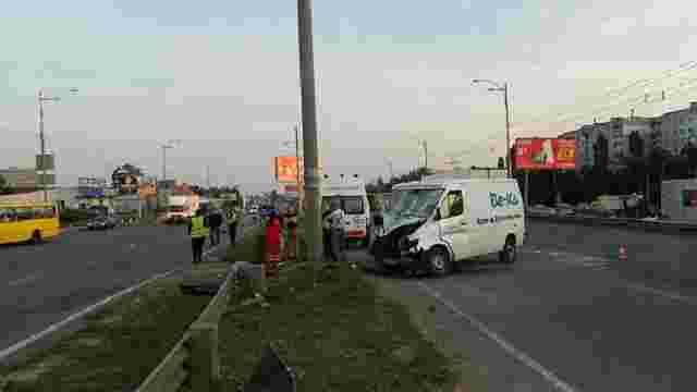 У Києві грабіжник, тікаючи з місця злочину, загинув під колесами вантажівки