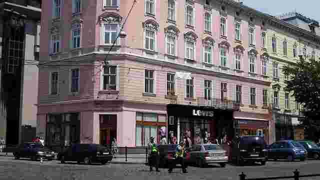 Активісти хочуть перетворити закинуте приміщення у центрі Львова на коворкінг
