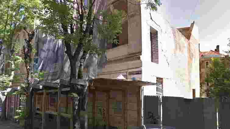ДАБІ зупинила будівництво на вул. Новаківського у центрі Львова