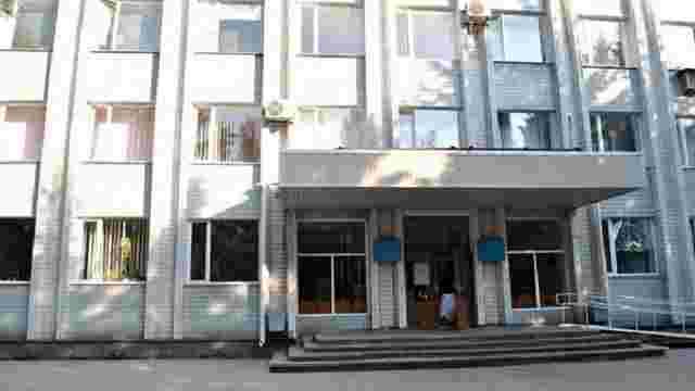 У Волновасі біля будівлі міської ради підірвали гранату