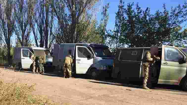 Податківці перекрили найбільший канал контрабанди товарів для бойовиків на Донбасі