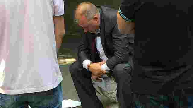 Затриманий біля АП у Києві хабарник раніше сидів у в'язниці за шахрайство, - ГПУ