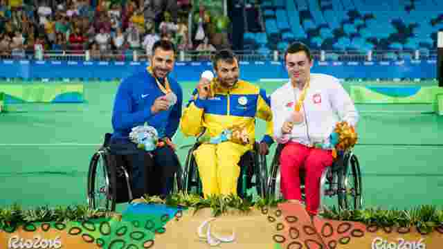 Президента України просять зрівняти призові паралімпійців із медалістами Олімпіади-2016