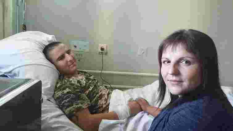 Українські лікарі зупинили серце військового на 23 хв, щоб врятувати йому життя