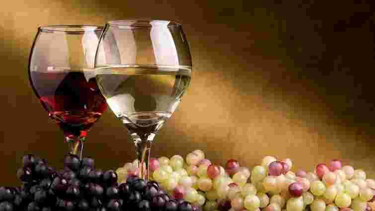 Верховна Рада скасувала ліцензію на торгівлю вином