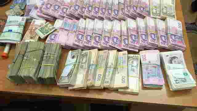 На Харківщині ДФС покривала роботу конвертаційного центру з оборотом у ₴500 млн