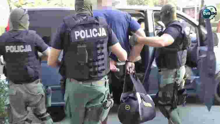 У Польщі поліція ліквідувала найбільшу в світі фабрику нелегального виробництва Віагри