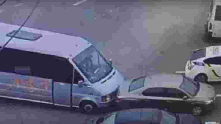 У Дніпрі нагородять водія маршрутки, який намагався зупинити вбивцю поліцейських