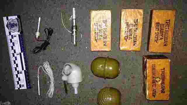 У Житомирській області затримали військового, який торгував зброєю і боєприпасами
