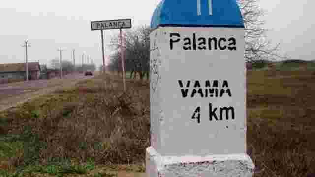 Молдовські митники стягували данину з перевізників сільгосппродукції з України